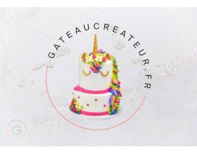 Une petite fête et un gâteau anniversaire 3 ans