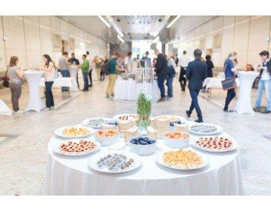Les buffets de pâtisseries pour votre entreprise, une idée originale pour tous types d'événements
